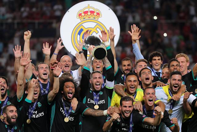 Soccer Football - Real Madrid v Manchester United - Super Cup Final - Skopje, Macedonia - August 8, 2017 Real Madrid's Sergio Ramos lifts the trophy as they celebrate winning the super cup final REUTERS/Eddie Keogh TPX IMAGES OF THE DAY