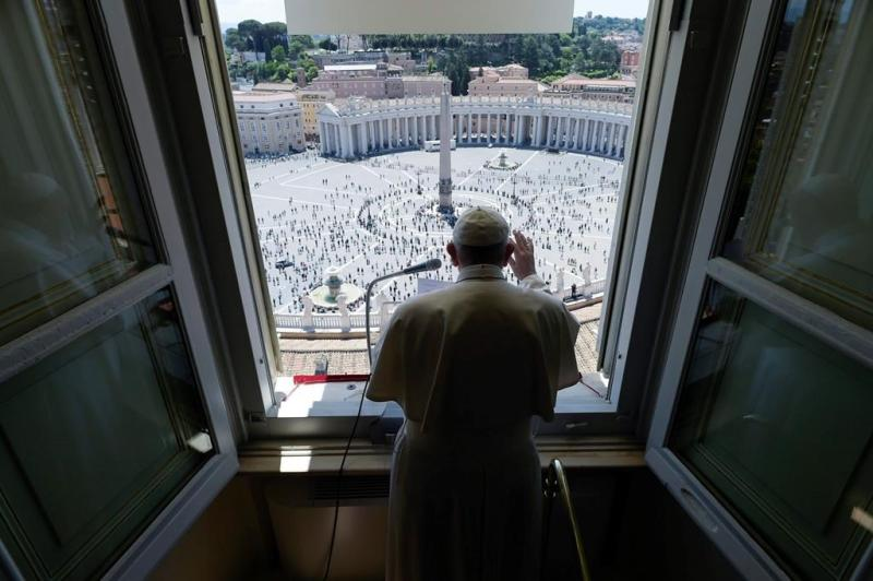 Vatican centralizes contracting to cut waste, corruption