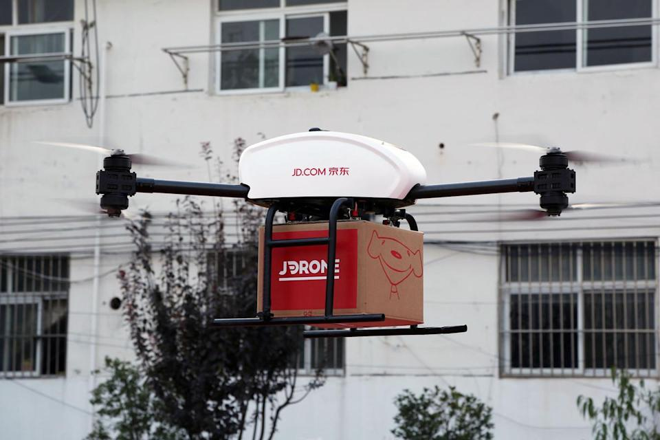 A JD.Com drone during a trial delivery. Source: JD.Com