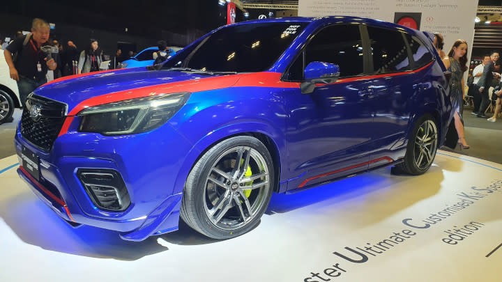 Subaru Forester Ultimate Customized Kit Special edition on show at the 2020 Singapore Motor Show. The car is electric blue with details and black-tinted windows.