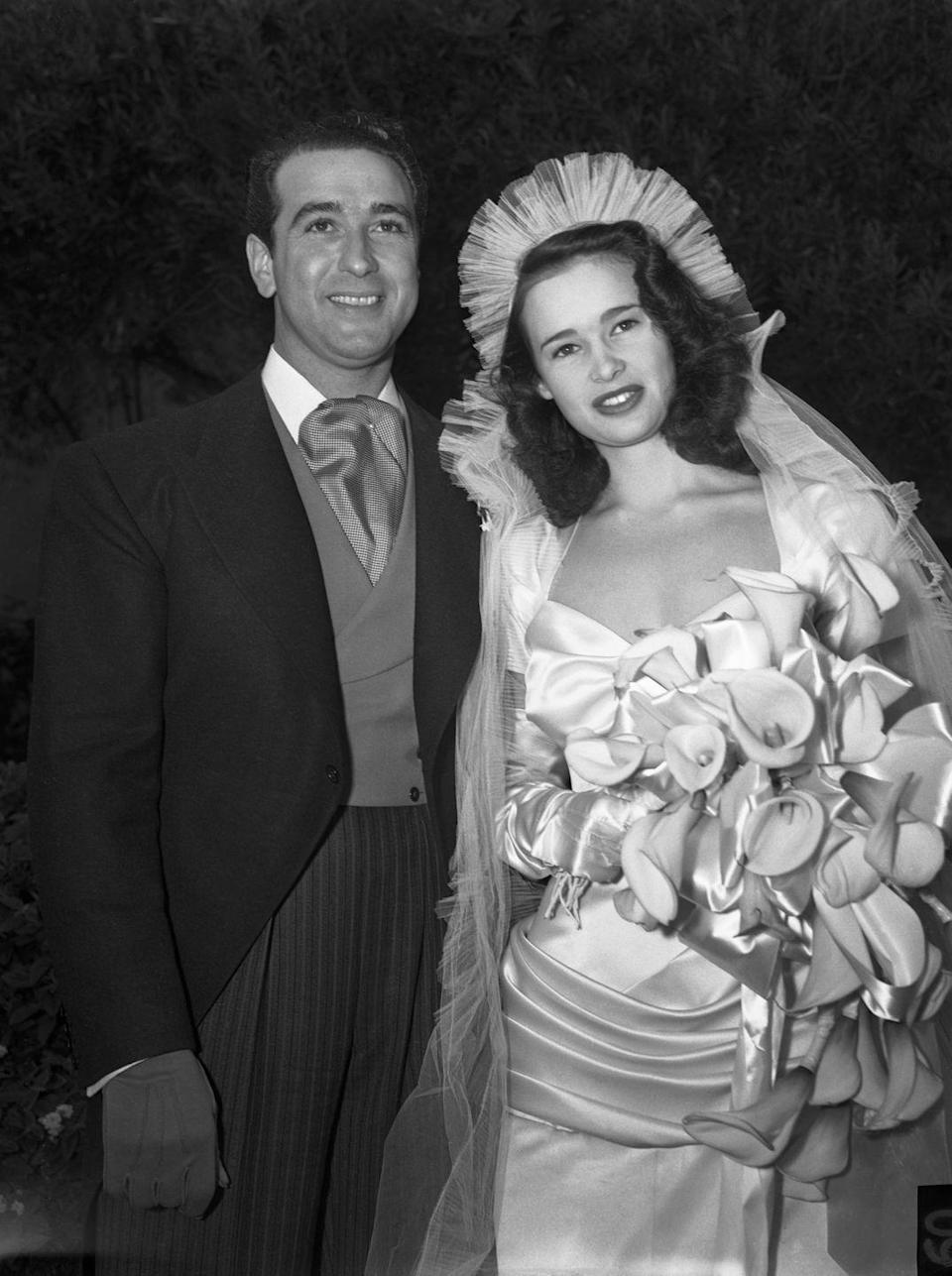 <p>Vanderbilt and Pat DeCicco on their wedding day. They were married until 1945.</p>