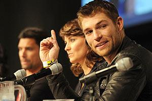 """New star Liam McIntyre (right) at the """"Spartacus"""" panel"""