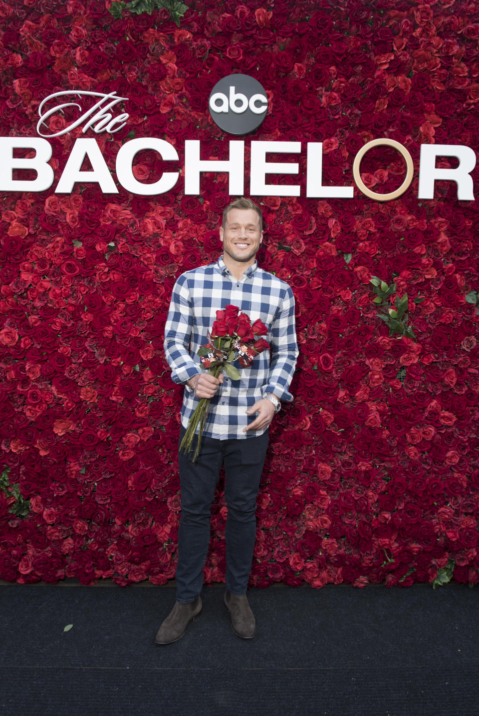 THE BACHELOR - Will you accept this rose? In celebration of tonights premiere of The Bachelor on Walt Disney Television via Getty Images, thousands of guests visiting The Grove in Los Angeles over the weekend posed for photos at a gorgeous show-inspired rose wall installation. Over ten thousand long stem roses were also distributed throughout the upscale shopping destination. Bachelor Colton Underwood made a surprise appearance at the rose wall, delighting a swarm of unsuspecting fans waiting to take their photo. Other Bachelor Nation alumni also made appearances throughout the weekend, including Wells Adams, Eric Bigger, Wills Reid, Krystal Nielson, Chris Randone, Jade and Tanner Tolbert, and Annaliese Puccini. Be sure to watch Coltons journey for love unfold, starting tonight at 8|7c on Walt Disney Television via Getty Images. (Aaron Poole via Getty Images) COLTON UNDERWOOD