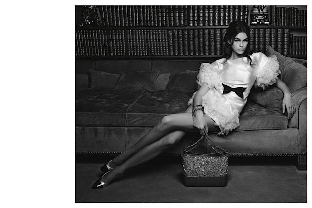 <p><strong>Model: </strong>Kaia Gerber <br><strong>Photographer:</strong> Karl Lagerfeld <br> (Photo: Courtesy of Chanel) </p>