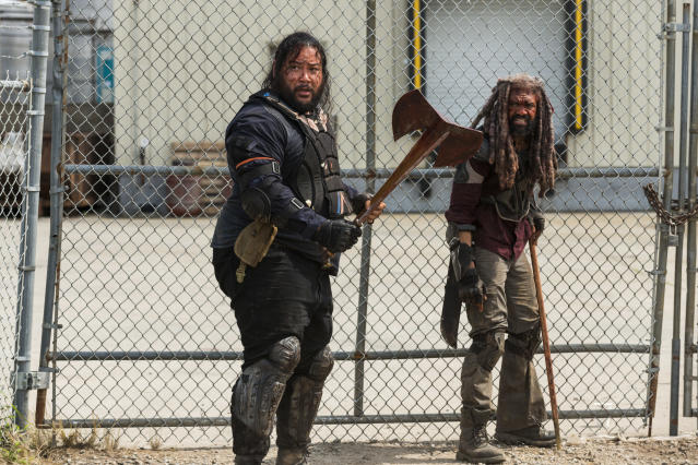 <p>Khary Payton as Ezekiel and Cooper Andrews as Jerry in AMC's <i>The Walking Dead.><br> (Photo: Gene Page/AMC)</i> </p>
