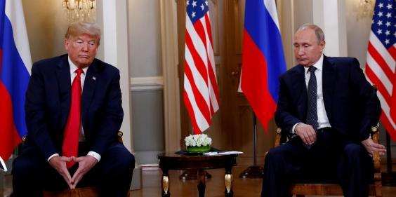 US President Donald Trump meets with Russian President Vladimir Putin in Helsinki, Finland, 16 July 16, 2018. (file photo:Kevin Lamarque/REUTERS)