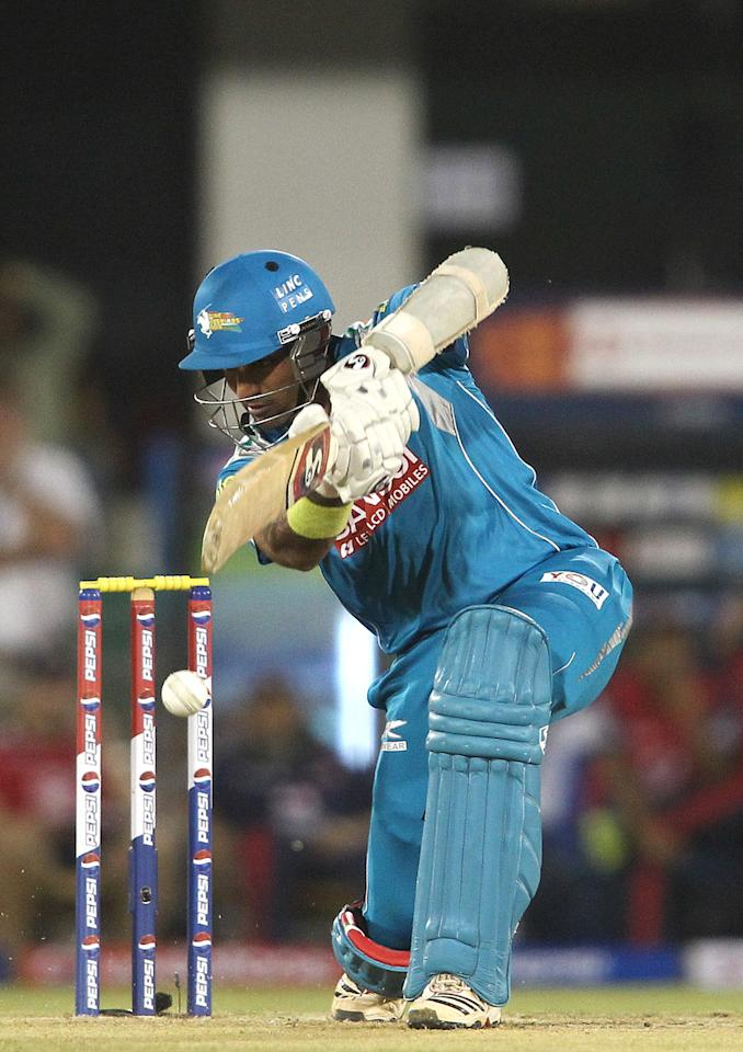 Robin Uthappa of Pune Warriors India miss times his drive shot during match 39 of the Pepsi Indian Premier League between The Delhi Daredevils and the Pune Warriors India held at the Chhattisgarh International Cricket Stadium in Raipur on the 28th April 2013. (BCCI)