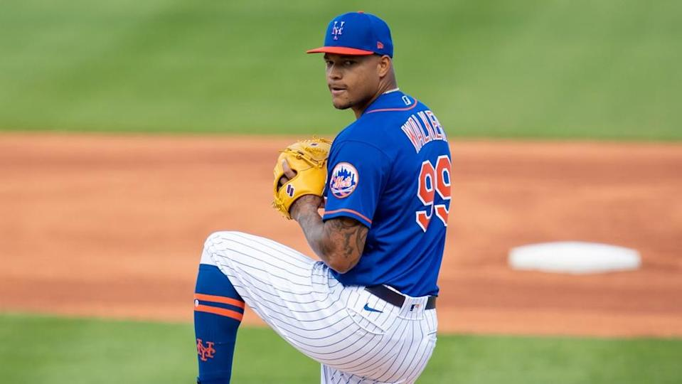 Taijuan Walker mid-delivery front-facing during spring training start in 2021 close crop