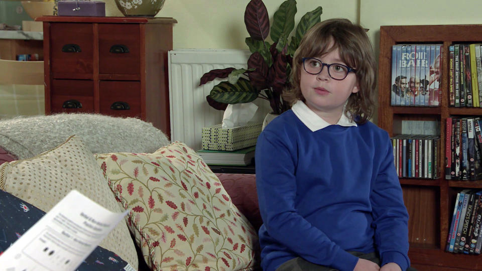 FROM ITV  STRICT EMBARGO - No Use Before Tuesday 4th May 2021  Coronation Street - Ep 10325/26  Friday 14th May 2021  Daniel Osbourne [ROB MALLARD] calls at No.8 for Sam Blakeman's [JUDE RIORDAN] English lesson. He's taken aback when Sam reveals he's set him a test to make sure he's up to the job.    Picture contact David.crook@itv.com    This photograph is (C) ITV Plc and can only be reproduced for editorial purposes directly in connection with the programme or event mentioned above, or ITV plc. Once made available by ITV plc Picture Desk, this photograph can be reproduced once only up until the transmission [TX] date and no reproduction fee will be charged. Any subsequent usage may incur a fee. This photograph must not be manipulated [excluding basic cropping] in a manner which alters the visual appearance of the person photographed deemed detrimental or inappropriate by ITV plc Picture Desk. This photograph must not be syndicated to any other company, publication or website, or permanently archived, without the express written permission of ITV Picture Desk. Full Terms and conditions are available on  www.itv.com/presscentre/itvpictures/terms