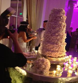 Fake That Cake Hot Wedding Trend Will Save You 1 000 Or More