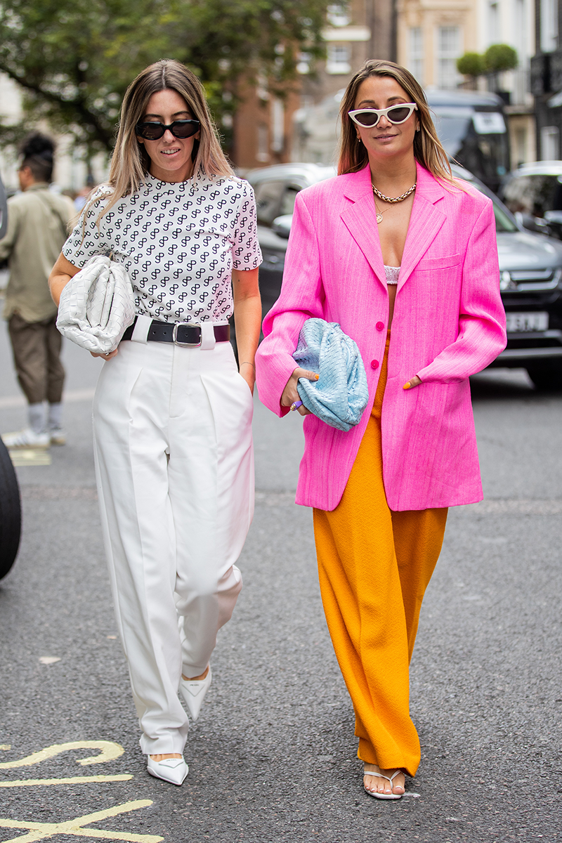<p>Wide-leg trouser styling inspo, right here.</p>