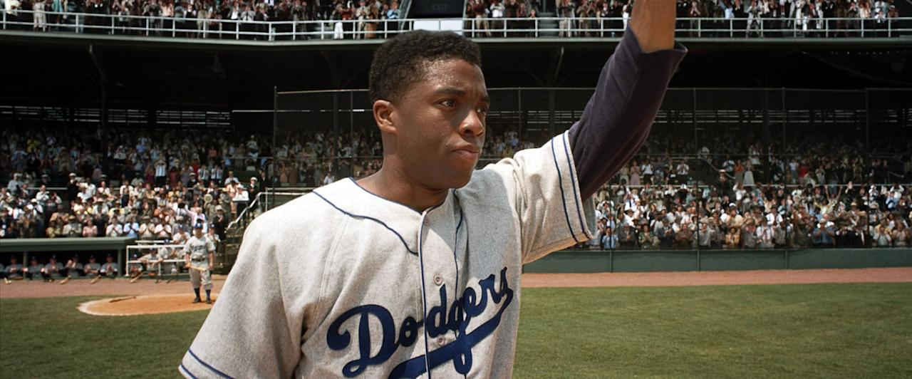 """<p>In the 1940s, Jackie Robinson becomes the first black player in Major League Baseball. It's a triumph for him, but the prejudices of the time take their toll on him and his loved ones.</p> <p><a href=""""http://www.netflix.com/title/70259169"""" target=""""_blank"""" class=""""ga-track"""" data-ga-category=""""Related"""" data-ga-label=""""http://www.netflix.com/title/70259169"""" data-ga-action=""""In-Line Links"""">Watch <strong>42</strong> on Netflix.</a></p>"""