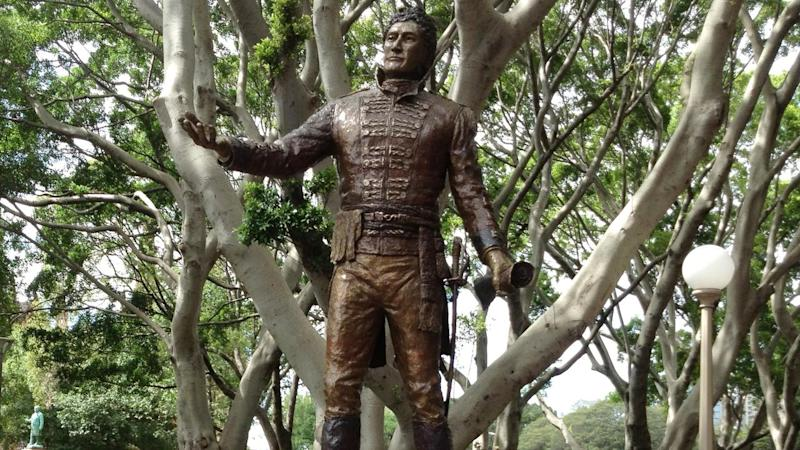 GOVERNOR LACHLAN MACQUARIE STATUE