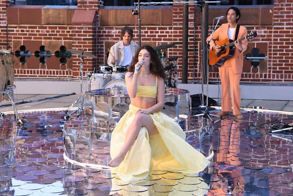 """Lorde performs """"Solar Power"""" on the rooftop of the Ed Sullivan Theater in New York City. - Credit: Scott Kowalchyk/CBS"""
