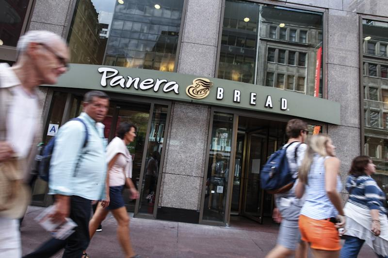 Un local del restaurante Panera Bread en Manhattan, New York. Foto: KENA BETANCUR/AFP/Getty Images.