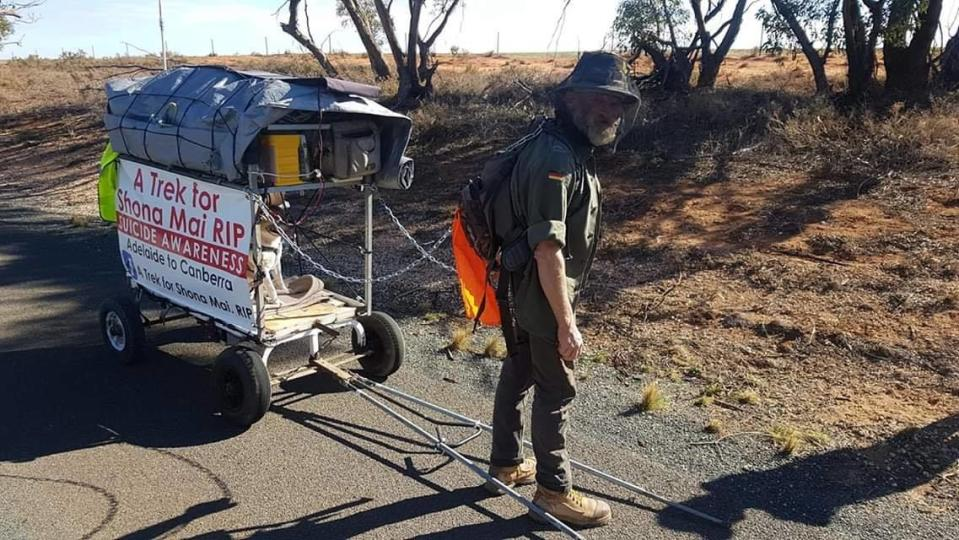 Adelaide man and grieving father, Paul Murcott with the buggy he is pulling to Canberra . Source: Facebook / A Trek for Shona Mai