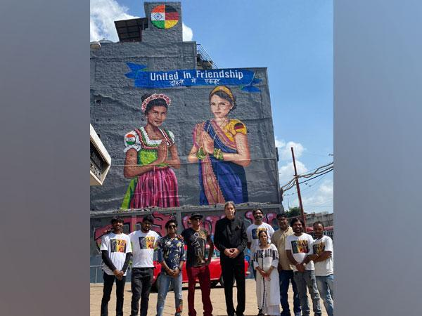 The mural was designed by Delhi Street Art's founder Yogesh Saini and his team of 10 artists. It took them 5 days to prepare the art.