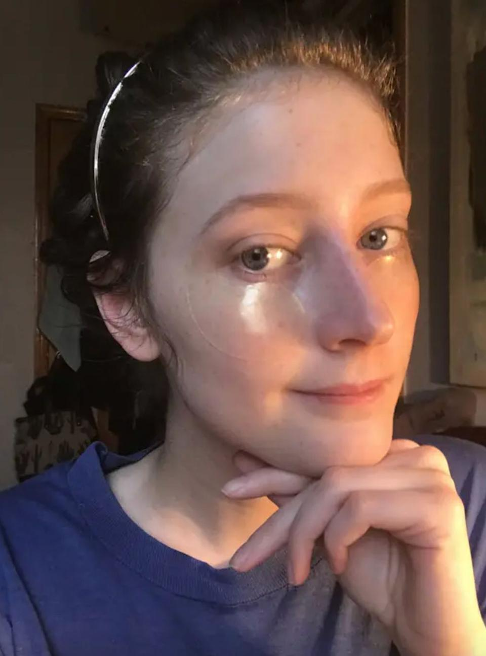 """They have gold and snail secretion filtrate to help depuff your poor undereyes on the cheap.<br /><strong><br />Promising review:</strong>""""Holy moly! I don't know what to expect, but I certainly wasn't expecting them to be this immediately incredible! They're so lovely and luxurious, but I assumed that's where it would end. I was wrong. After a half-hour I removed them and my dark, puffy, and wrinkly under eyes were replaced with skin like I had when I was 16. These are awesome!"""" —<a href=""""https://www.amazon.com/dp/B014BVW62S?tag=huffpost-bfsyndication-20&ascsubtag=5876069%2C20%2C48%2Cd%2C0%2C0%2C0%2C962%3A1%3B901%3A2%3B900%3A2%3B974%3A3%3B975%3A2%3B982%3A2%2C0%2C0"""" target=""""_blank"""" rel=""""noopener noreferrer"""">Danielle Burge</a><br /><br /><strong>Get a pack of 60 from Amazon for <a href=""""https://www.amazon.com/dp/B014BVW62S?tag=huffpost-bfsyndication-20&ascsubtag=5876069%2C20%2C48%2Cd%2C0%2C0%2C0%2C962%3A1%3B901%3A2%3B900%3A2%3B974%3A3%3B975%3A2%3B982%3A2%2C0%2C0"""" target=""""_blank"""" rel=""""noopener noreferrer"""">$9.69</a>.</strong>"""