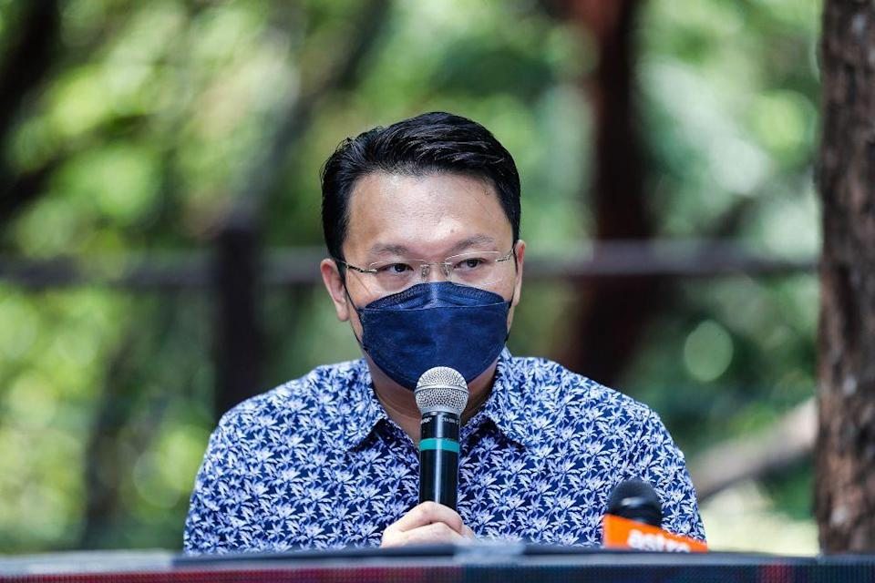 Penang state executive councillor Yeoh Soon Hin speaks to reporters during a media conference at the Tropical Spice Garden in George Town October 11, 2021. — Picture by Sayuti Zainudin