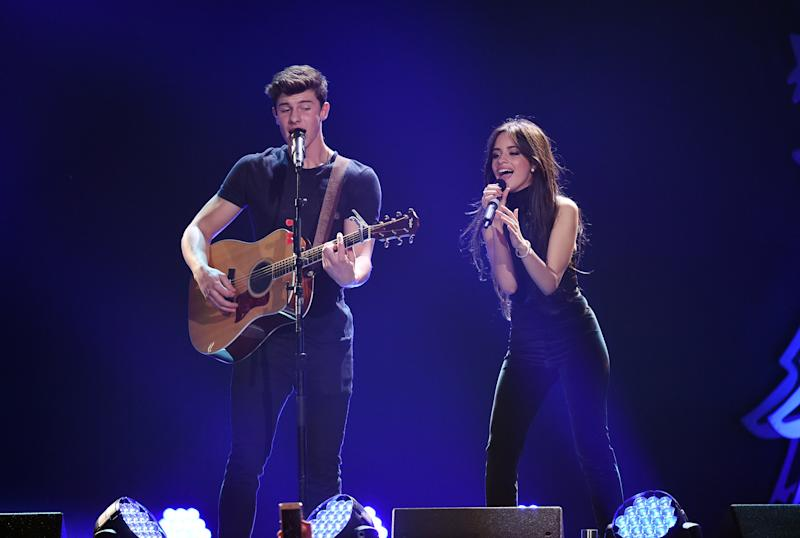 Mendes and Cabello perform at the 2015 Jingle Ball in LA.