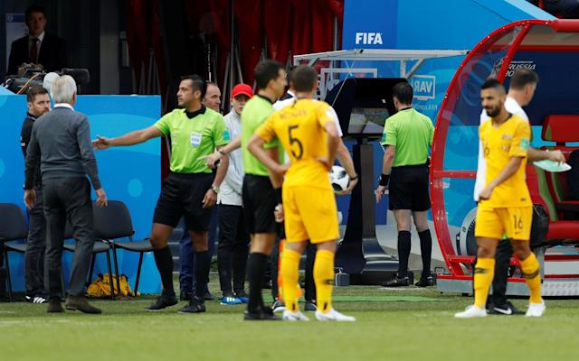 <p>VAR makes first critical World Cup intervention and took the headlines as France squeezed past Australia </p>