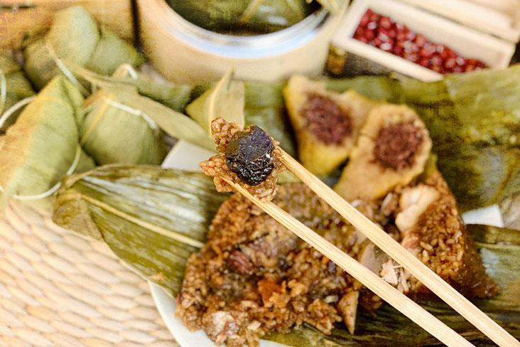 Celebrate the upcoming Dragon Boat Festival with a delicious Hokkien Rice Dumpling or 'bak chang.'