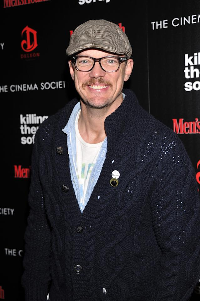 """NEW YORK, NY - NOVEMBER 26:  Actor Matthew Lillard attends The Cinema Society with Men's Health and DeLeon hosted screening of The Weinstein Company's """"Killing Them Softly"""" on November 26, 2012 in New York City.  (Photo by Stephen Lovekin/Getty Images)"""
