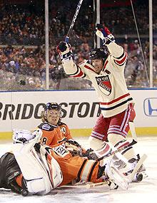 Rangers, Flyers deliver Winter Classic spectacle