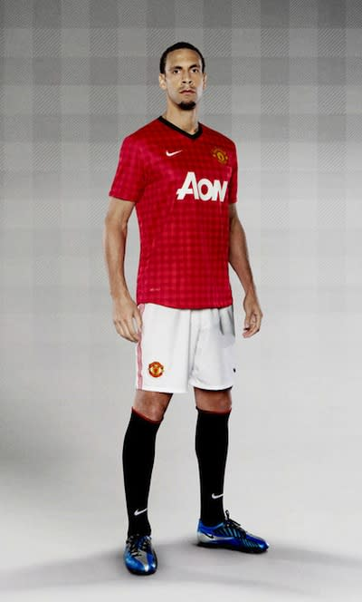 size 40 c4241 cb62b Manchester United unveil new 'tablecloth' home kit