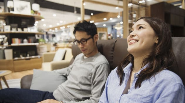 Furniture-Shopping For Your New House? Here Are 3 Money-Saving Tips