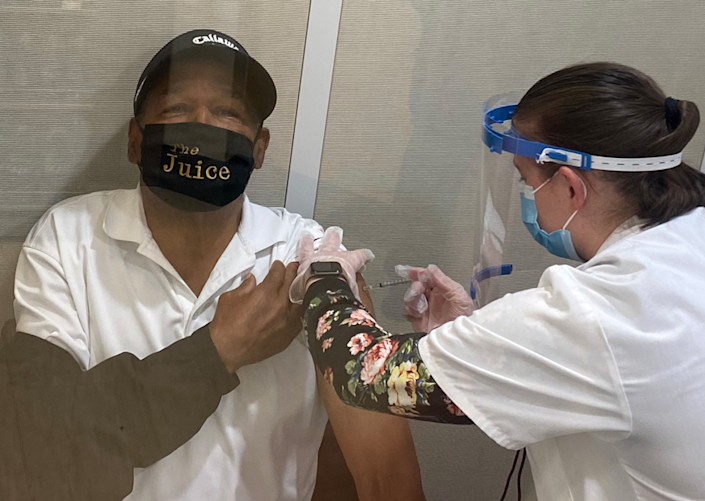 OJ Simpson tweeted a photo of himself receiving the Covid-19 vaccine in Las Vegas, Nevada (@TheRealOJ32)