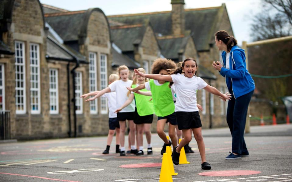 The reopening of schools will specifically include extracurricular sport on top of regular PE - SOLSTOCK