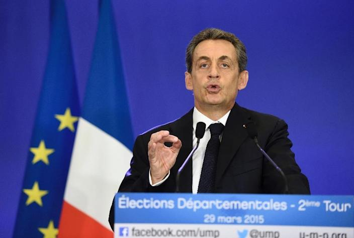 UMP leader and former French president Nicolas Sarkozy delivers a speech following the anouncement of results in local elections on March 29, 2015 in Paris (AFP Photo/Eric Feferberg)