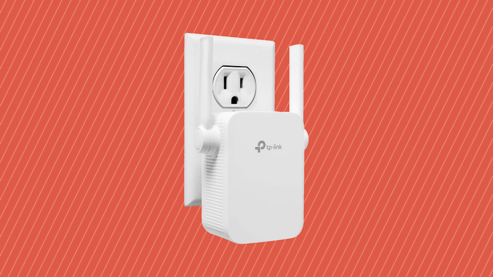 Bad home Wi-Fi? Save 40 percent on this TP-Link N300 Wi-Fi Extender. (Photo: Amazon)