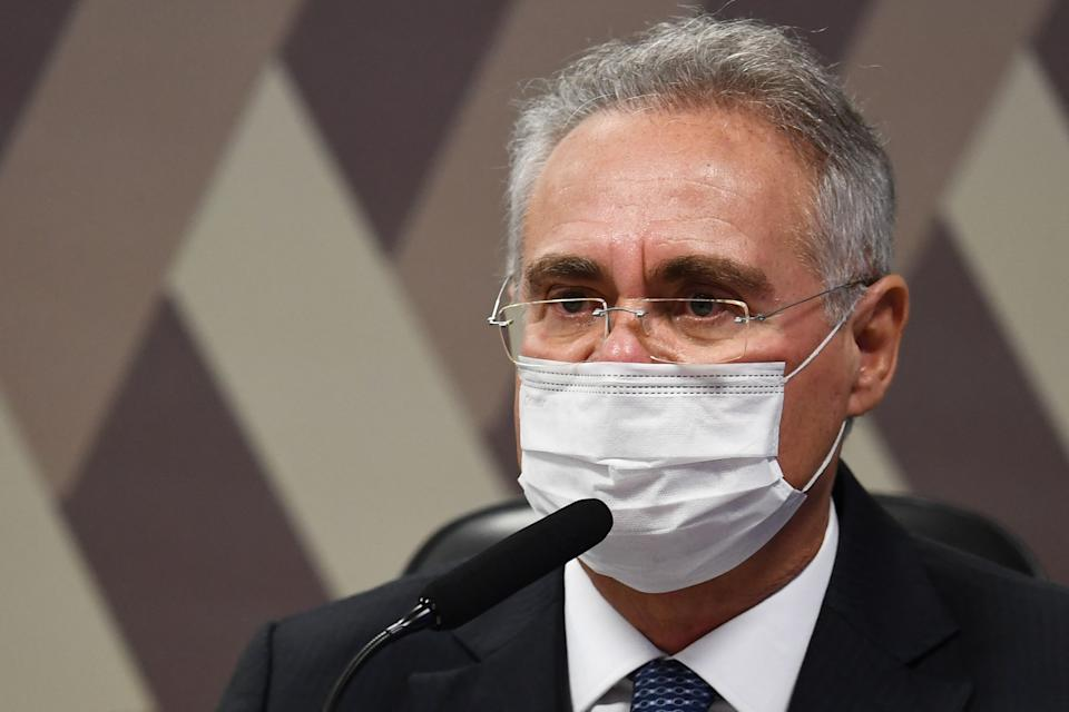 Brazilian Senator Renan Calheiros, rapporteur of the Parliamentary Inquiry Commission that investigates the government's handling of the coronavirus pandemic, speaks during a session, in Brasilia on May 25, 2021. - Brazil has spent the past weeks immersed in wall-to-wall coverage of a Senate inquiry into why COVID-19 exploded so horribly in the country -- a parade of damning, sometimes comical testimony likely to damage President Jair Bolsonaro. (Photo by EVARISTO SA / AFP) (Photo by EVARISTO SA/AFP via Getty Images)