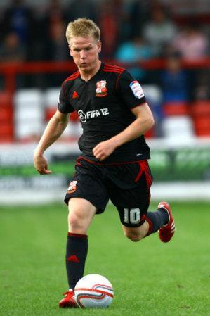 Matt Ritchie, Swindon Town