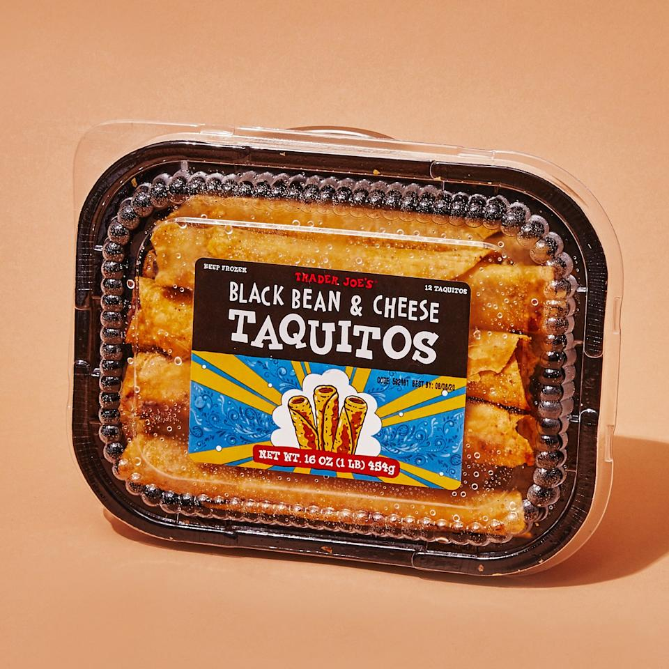 "<h1 class=""title"">1119-Trader-Joes-taquitos.jpg</h1><cite class=""credit"">Photo by Laura Murray</cite>"