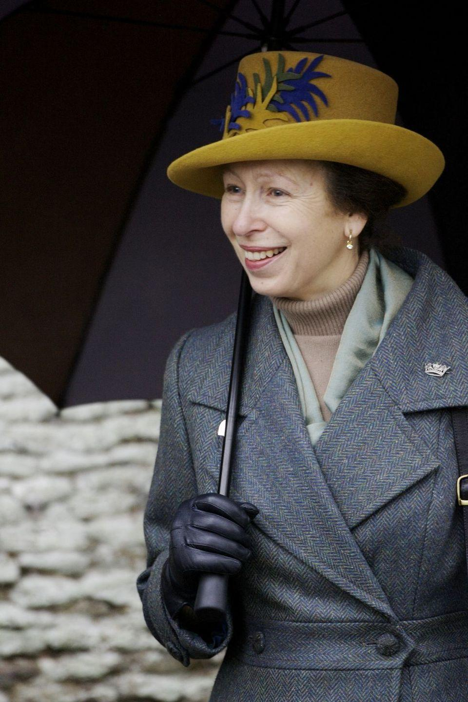 <p>During another Christmas Day downpour, Princess Anne came prepared.</p>