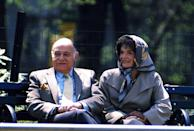 <p>Jackie and Templesman sit on a bench in Central Park only a few months before her death from non-Hodgkin's lymphoma in May 1994. </p>