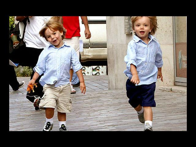<h4>Sean Preston And Jayden James</h4> <p>Britney Spears contribution to the world: Music and her two gorgeous children!</p>