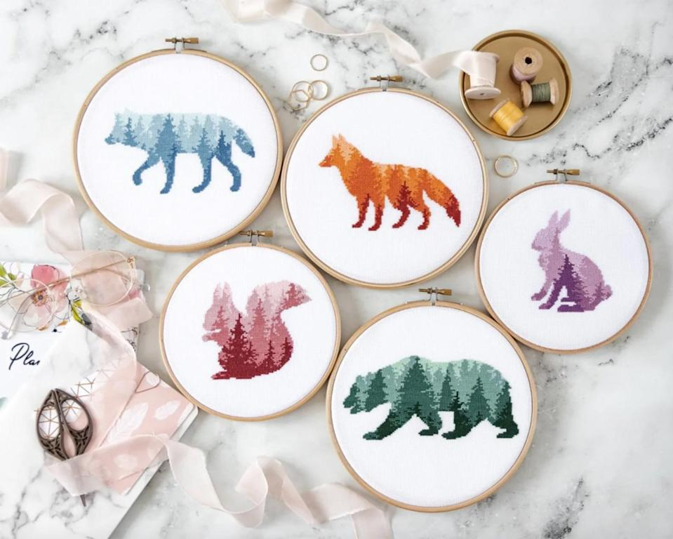 """<p>Even in the small amount of time today's schedules allow, you can create something the old-fashioned way: by hand. Enter one of our favorite crafts: <a href=""""https://www.marthastewart.com/7692165/how-cross-stitch-in-embroidery"""" rel=""""nofollow noopener"""" target=""""_blank"""" data-ylk=""""slk:cross-stitching"""" class=""""link rapid-noclick-resp"""">cross-stitching</a>. Counted cross-stitch may be one of <a href=""""https://www.marthastewart.com/921435/embroidery-how"""" rel=""""nofollow noopener"""" target=""""_blank"""" data-ylk=""""slk:the easiest of all embroidery techniques"""" class=""""link rapid-noclick-resp"""">the easiest of all embroidery techniques</a>, but worked in rows, these hand-stitched Xs can add surprisingly sophisticated patterns and rich texture to almost any fabric.</p> <p>You'll need a tapestry needle and, if you like, an <a href=""""https://www.marthastewart.com/1537735/embroidery-hoop-crafts"""" rel=""""nofollow noopener"""" target=""""_blank"""" data-ylk=""""slk:embroidery hoop"""" class=""""link rapid-noclick-resp"""">embroidery hoop</a> to <a href=""""https://www.marthastewart.com/1537804/how-bind-embroidery-hoop"""" rel=""""nofollow noopener"""" target=""""_blank"""" data-ylk=""""slk:keep the work flat and the tension even"""" class=""""link rapid-noclick-resp"""">keep the work flat and the tension even</a>. Your choice of <a href=""""https://www.marthastewart.com/1536520/embroidery-tools-materials"""" rel=""""nofollow noopener"""" target=""""_blank"""" data-ylk=""""slk:tools and materials"""" class=""""link rapid-noclick-resp"""">tools and materials</a> also make a difference: Because the weight of the thread you use is oftentimes similar to that of the thread used to make the fabric itself, these embellishments appear as if they were woven right into the cloth. If you're new to the craft, practice a bit before <a href=""""https://www.marthastewart.com/7795089/art-therapy-activities"""" rel=""""nofollow noopener"""" target=""""_blank"""" data-ylk=""""slk:launching into a project"""" class=""""link rapid-noclick-resp"""">launching into a project</a>.</p> <p>While the craft itself dates back centuries,"""