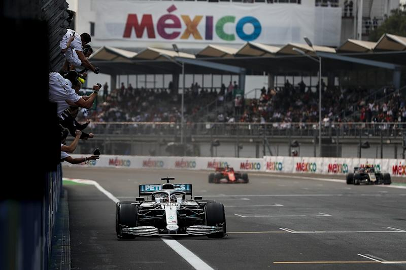 Hamilton recovers from lap one off to win in Mexico