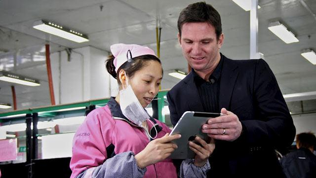 A Trip to The iFactory: 'Nightline' Gets an Unprecedented Glimpse Inside Apple's Chinese Core