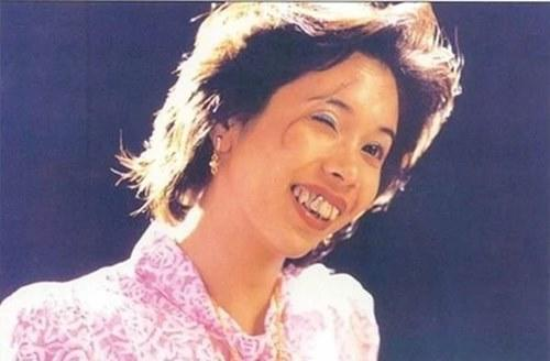 Karen Mok plays the ugly Sister Turkey in 'The God of Cookery'