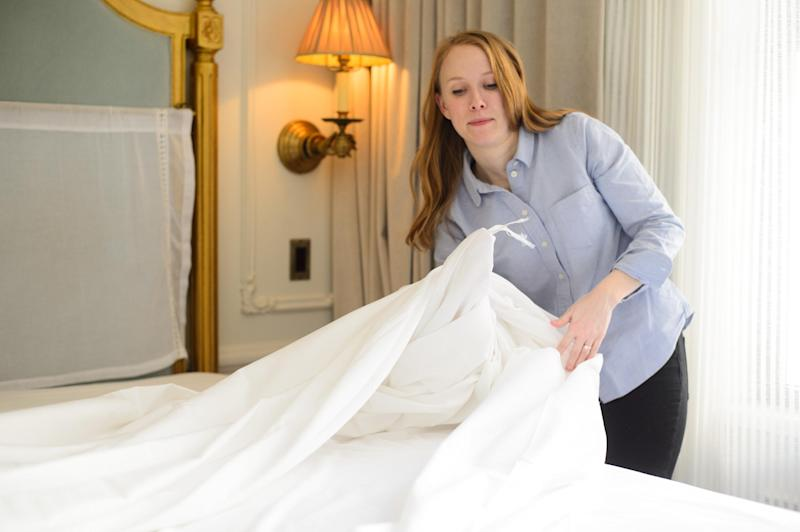 how to make bed like a hotel