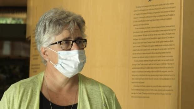 Health Minister Julie Green in a 2020 file photo. Green said on Facebook earlier this week the territory was 'not prepared' for the volume of self-isolation plans they are receiving.  (Mario De Ciccio/Radio-Canada - image credit)
