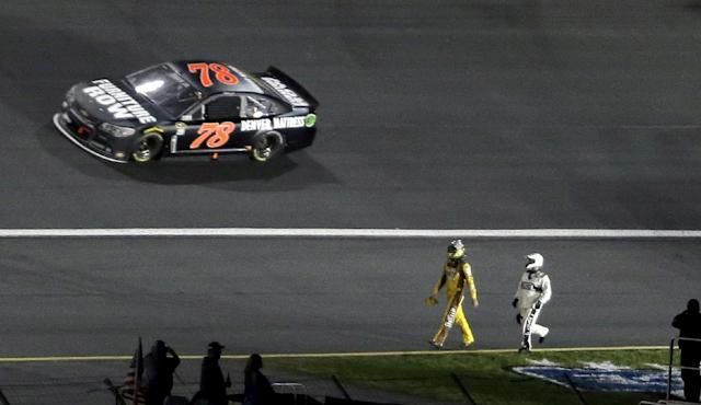 Happy Hour: Let's put a bow on the All-Star Race for 2014