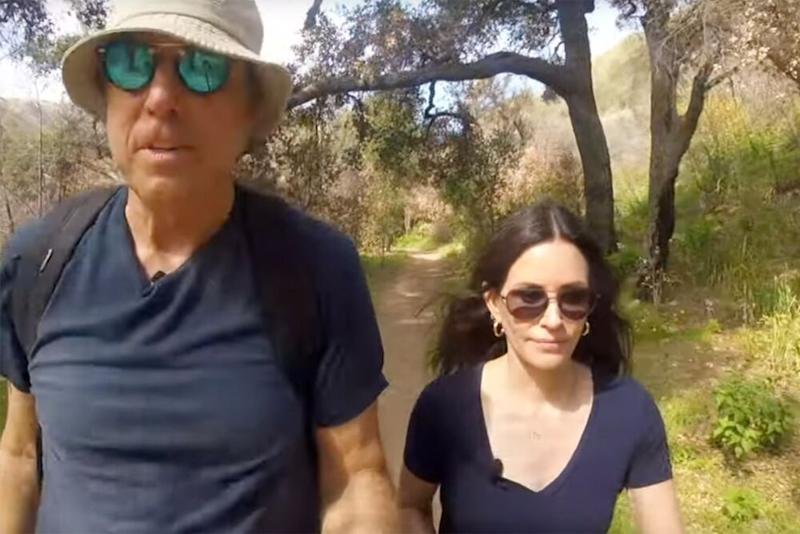 Kevin Nealon, Courteney Cox | YouTube