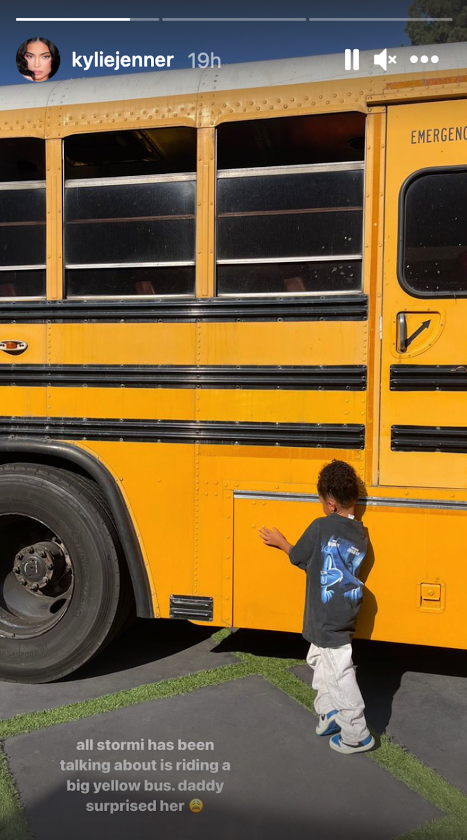 Kylie Jenner shows off yellow school bus Travis Scott purchased for daughter Stormi (Instagram)