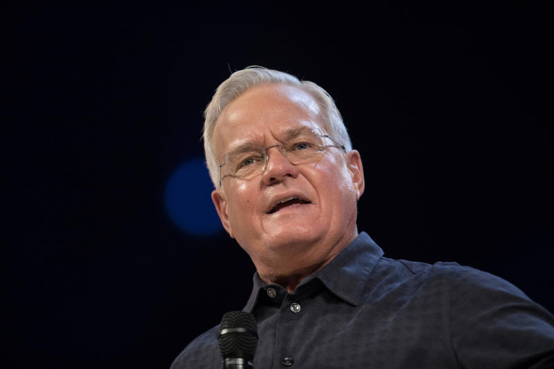 "Bill Hybels, founder of Willow Creek Community Church, stepped down from leadership of the church <a href=""https://www.huffingtonpost.com/entry/megachurch-pastor-bill-hybels-retires-allegations_us_5ace0f59e4b06a6aac8ddada"">in April.</a>"